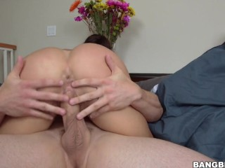 Spunking his load over Julianna Vega