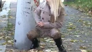 Got2Pee – Peeing In Public Compilation 006-