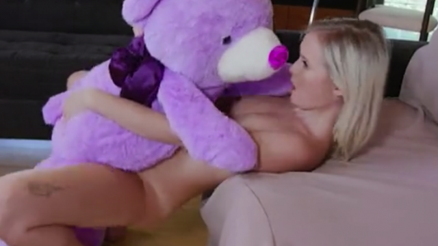 blonde teen pussy wants to fuck with purple ted her teddy bear – porngirl.eu